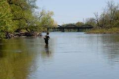 Fiska den storslagna floden Arkivbilder