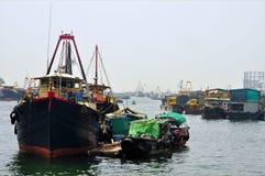 fiska för aberdeen fartyg Arkivbilder