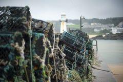Fiska på den St Ives hamnen Royaltyfri Fotografi