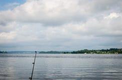 Fiska på Tennessee River, sjö Guntersville, AL Royaltyfri Foto