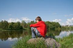 fiskar tonåringen Arkivfoton