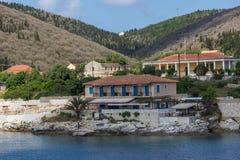 Fiskardo, Kefalonia, Griechenland - 25. Mai 2015: Panoramablick der Stadt von Fiskardo, Kefalonia, Griechenland Stockfoto