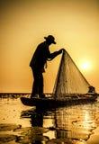 Fiskare av sjön Arkivbild
