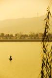 Fiskare från Xiangjiang, Kina Arkivbild