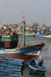 Fiskare i hamn Royaltyfria Bilder