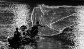 Fiskare och fiskemetoder Royaltyfri Fotografi