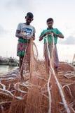 fiskare 2 på att arbeta i khal områden för chaktai av den Chittagong staden Fotografering för Bildbyråer