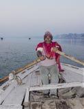 Fiskare på gangesen Fotografering för Bildbyråer
