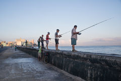 Fiskare på havannacigarren Fotografering för Bildbyråer