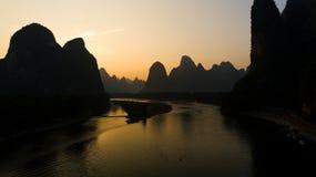 Fiskare på Li River Royaltyfria Foton