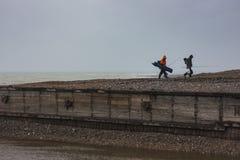 Fiskare på stranden Arkivfoton
