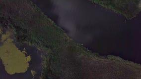 Fiskarebad med fartyget på sjön lager videofilmer