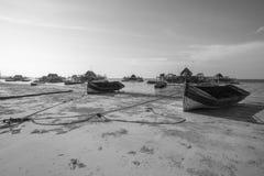 Fiskareby i Tanjung Pinang, Bintan-Indonesien royaltyfria bilder