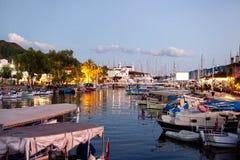 Fiskarefartyg i den Marmaris marina Turkiet Arkivfoton
