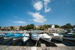 Fiskares hamnplats i den bulgariska staden av Sozopol Royaltyfri Bild