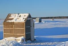 fiske förlägga i barack is Royaltyfri Bild