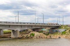 Fiske och konster under på av Kazan'sens bro Royaltyfri Fotografi