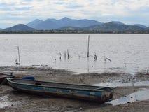 Fiskebåt berg Arkivfoton