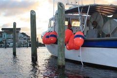 Fiskebåt efter storm Fotografering för Bildbyråer