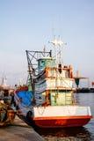 Fiskebåt i havet Royaltyfria Bilder