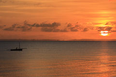 Fiskebåt - Inhassoro - Mocambique Royaltyfri Bild