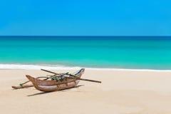 Fiskebåt på det härliga havet Palm Beach Royaltyfria Foton