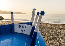 Fiskebåt på stranden Royaltyfri Fotografi