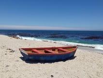 Fiskebåt som sättas på land i den Lamberts fjärden Fotografering för Bildbyråer