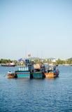 Fiskebåtar i marina på Nha Trang, Vietnam Royaltyfri Bild