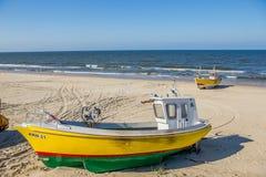 Fiskebåtar på den spottade Vistulaen, Polen Fotografering för Bildbyråer