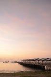 Fiskebåtar på solnedgången i Paracas, Peru royaltyfri fotografi