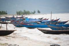 Fiskebåtar Vietnam royaltyfri fotografi