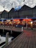 FiskebåthamnFremantle Kailis restaurang Royaltyfri Foto