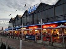 FiskebåthamnFremantle Kailis restaurang Royaltyfri Bild