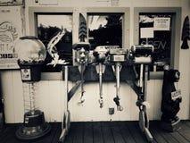 Fiskeb?tmotorer fr?n forntiden arkivbild