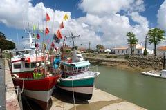 Fiskebåtar Boyardville Frankrike Royaltyfri Fotografi