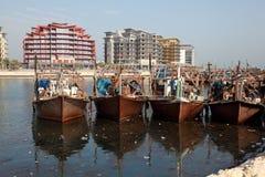 Fiskebåtar i Manama, Bahrain Arkivfoto