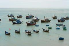 Fiskebåtar Vietnam Arkivfoton