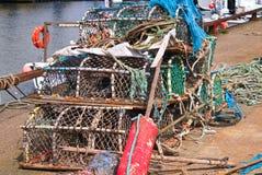 Fiskefiskkorgar och rep Royaltyfri Bild