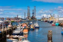 Fiskehamn av IJmuiden Nederländerna Fotografering för Bildbyråer