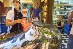 fisken shoppar Royaltyfri Foto
