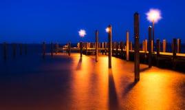 Fiskepir i Havre de Hedra, Maryland på natten Royaltyfri Bild
