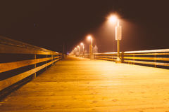 Fiskepir på natten, i imperialistisk strand, Kalifornien Royaltyfria Foton