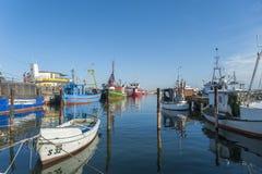Fiskeport i Sassnitz på ön av RÃ-¼gen Arkivfoton