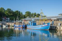 Fiskeport i Sassnitz på ön av RÃ-¼gen Arkivfoto