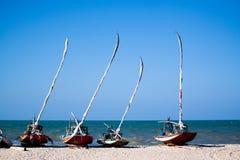 Fiskesegelbåtar i Brasilien arkivbilder