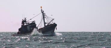 Fisketrålare Royaltyfri Bild