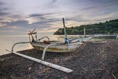 Fisketrimaran i Bali, Indonesien Arkivbilder