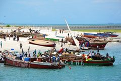 Fiskmarknad i Dar es Salaam Arkivfoto