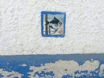 Fiskmosaik på den vita väggen Royaltyfria Foton